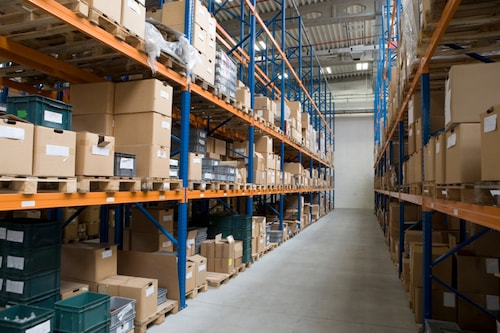 Free Parcel storage Worldwide shipping company Parcel storage in the UK Free storage International shipping